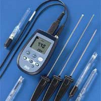 HD 2305 pH meter Thermometer.