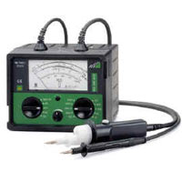 METRISO 1000A insulation resistance tester.
